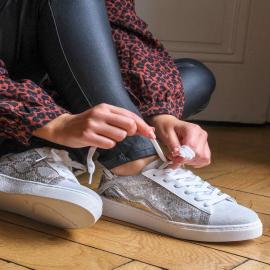 On est fan de cette paire de baskets effet python, parfaite pour la rentrée ! ✨ . . . . . . . . . . . . . . . .  #falbala #backtoschool #nouvellecollection  #basket #tendance #chaussures #new #newcollection #sneakers #femme