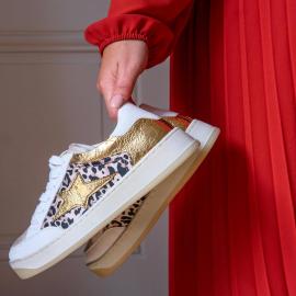 Cet automne, vous allez adorer réveiller la fashion addict qui est en vous, grâce aux nouvelles paires de baskets de chez Falbala 🖤 👟 Basket LILIANA 49,90 €  . . . . . . . . . . . . . . . . . . . #falbala #backtoschool #autumn #nouvellecollection  #basket #tendance #chaussures #new #newcollection #sneakers #femme #bottines #musthave