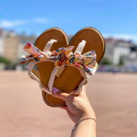 Genna, c'est la sandale florale et romantique, qui s'accordera parfaitement avec tenues d'été. 🤍  Retrouvez-les en noir et en beige. En solde à 11,94 €  https://www.falbala-chaussures.fr/sandales-et-nu-pieds/1728-8641-sandales-genna.html   . . . . . .  . . . . .  #shoes #shoesaddict #shoeslover #falbala #sun #tan #pink #moodoftheday #moodygrams #lifestyle #fashion #fashionstyle #fashionaddict #lover #fashion #fashionstyle #mode